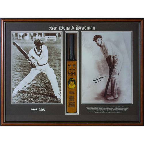 BRADMAN-Donald Bradman mini bat signed photo/Mini bat