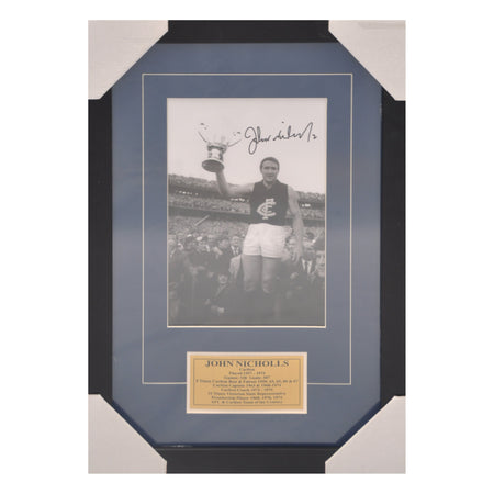 Legends of AFL/VFL Bobby Skilton. Signed and Framed Photo