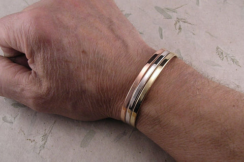 Niobium Classic Style Bracelet in Black with Solid 14K Yellow Gold Rivets for Men and Women