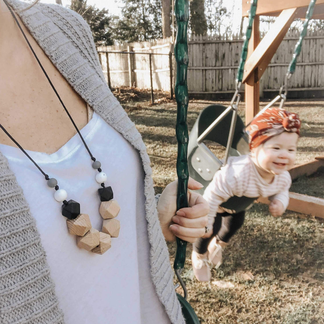 teething necklace Jessa in smore with baby