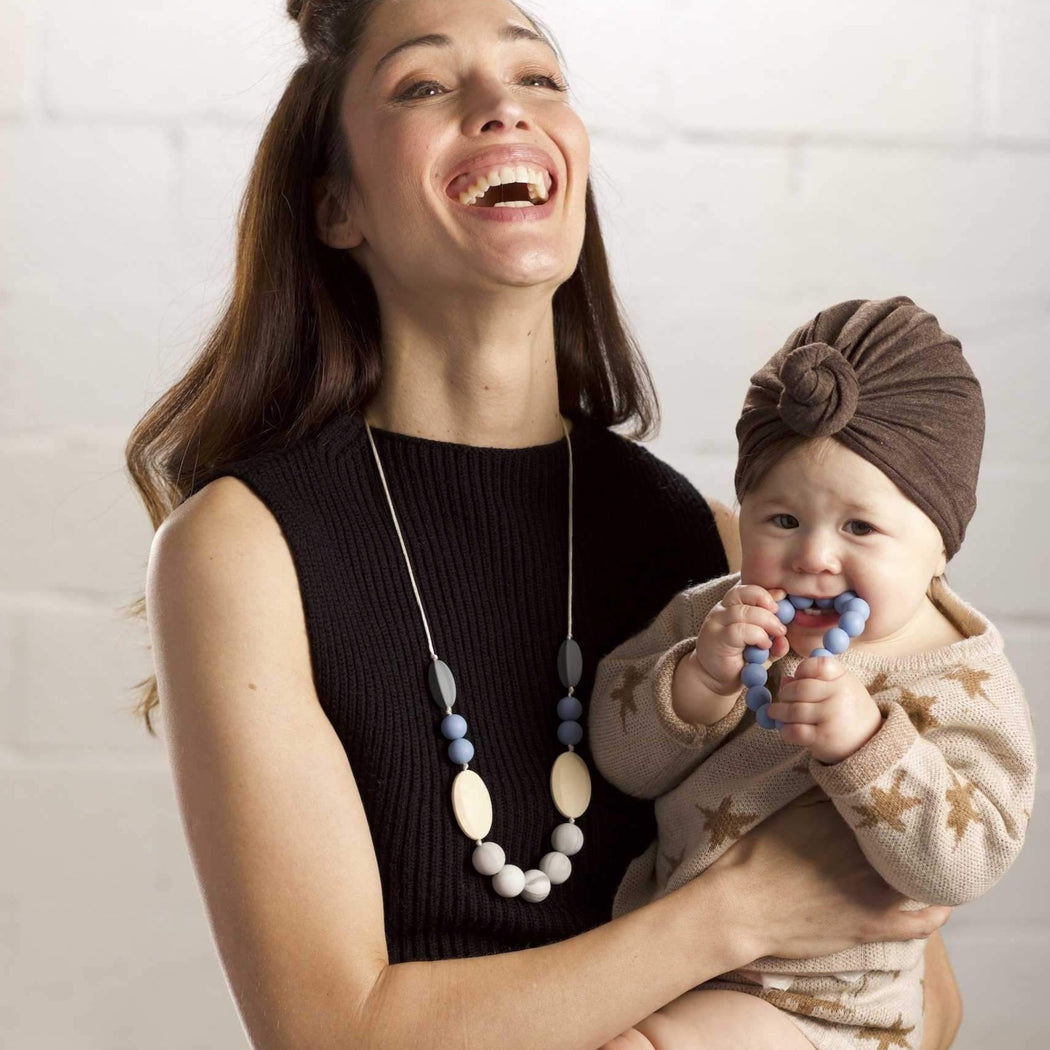 teething necklace Stevie baby will love, mom loves