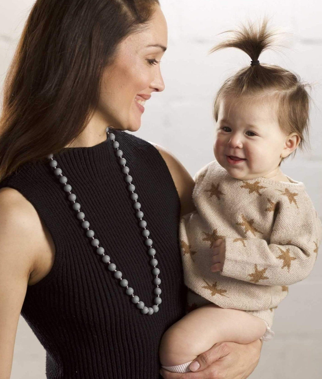 teething necklace for mom Silicone upper east side mom and baby