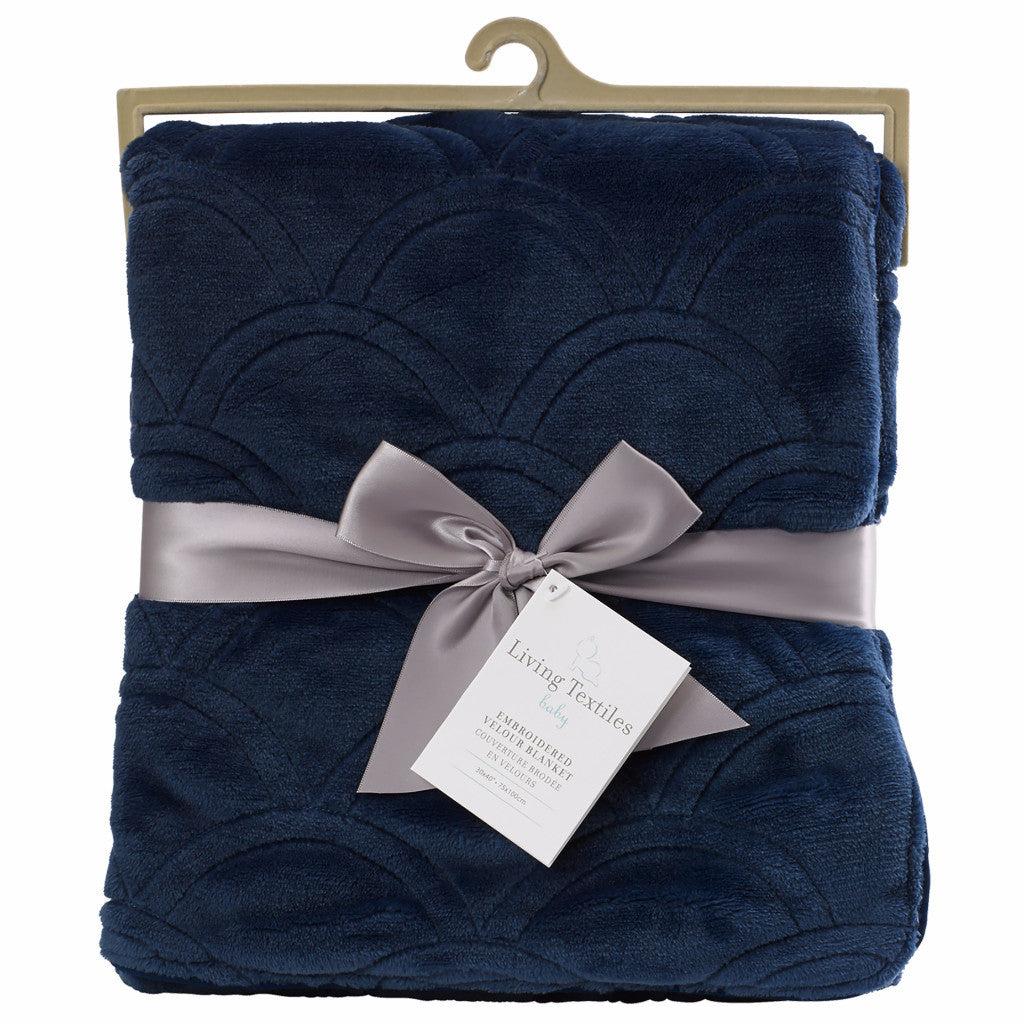 Embroidered Velour Blanket - Navy Scallop - Living Textiles Co.