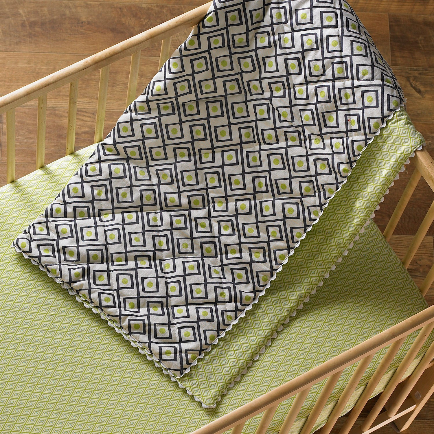 Quilted Comforter - Charcoal Triangle - Living Textiles Co.