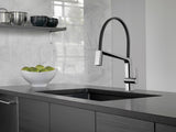 DELTA 9693-DST PIVOTAL™ Exposed Hose Kitchen Faucet