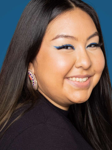 Indigenous Model Wearing Natural Eyebrows for Fall 2021 Makeup Trends