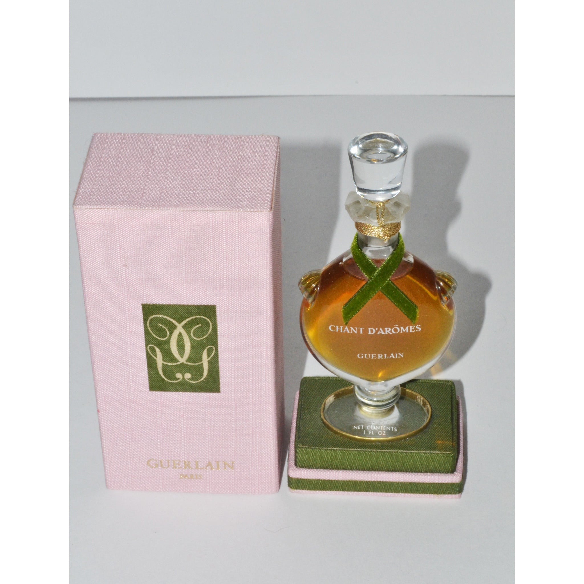 Vintage Chant D'Aromes Perfume By Guerlain
