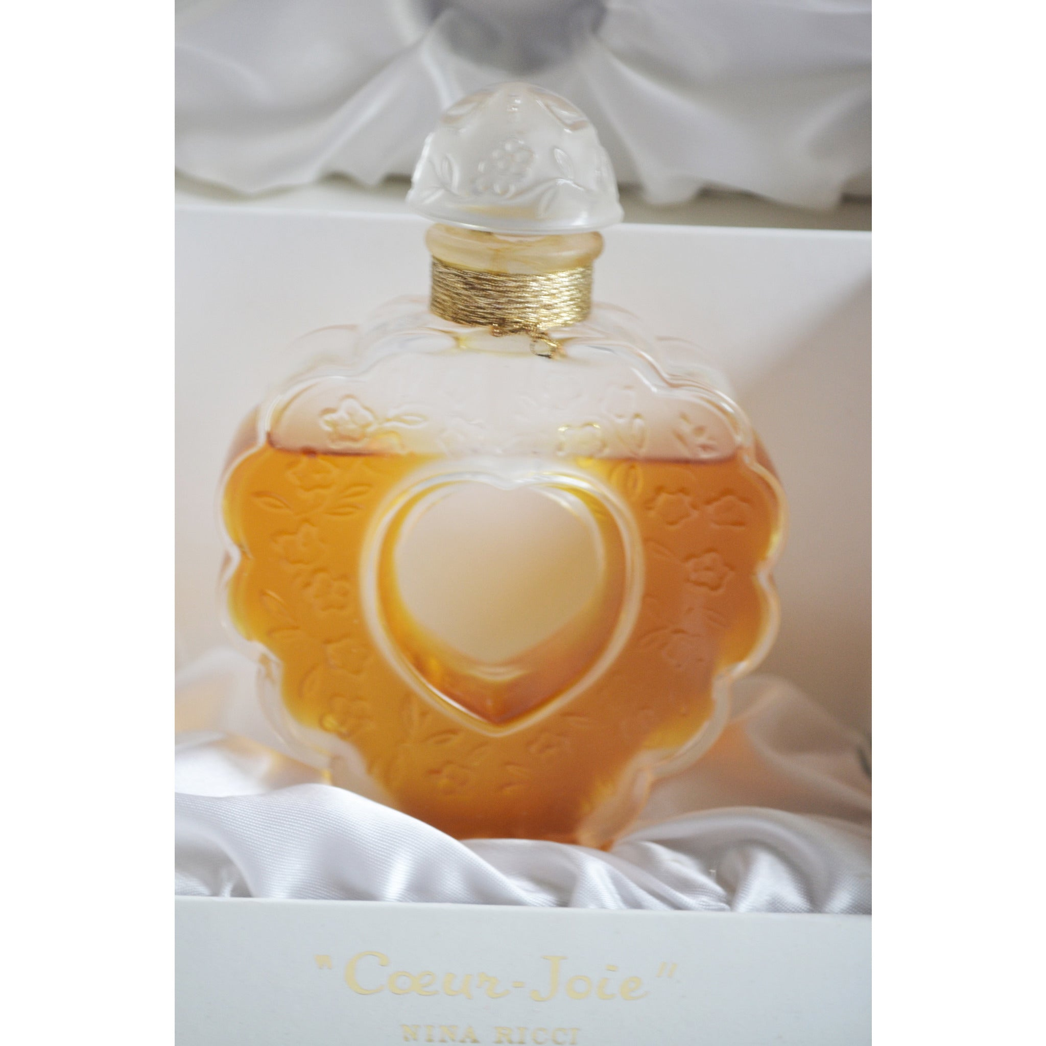Vintage Coeur Perfume Lalique Bottle By Nina Ricci