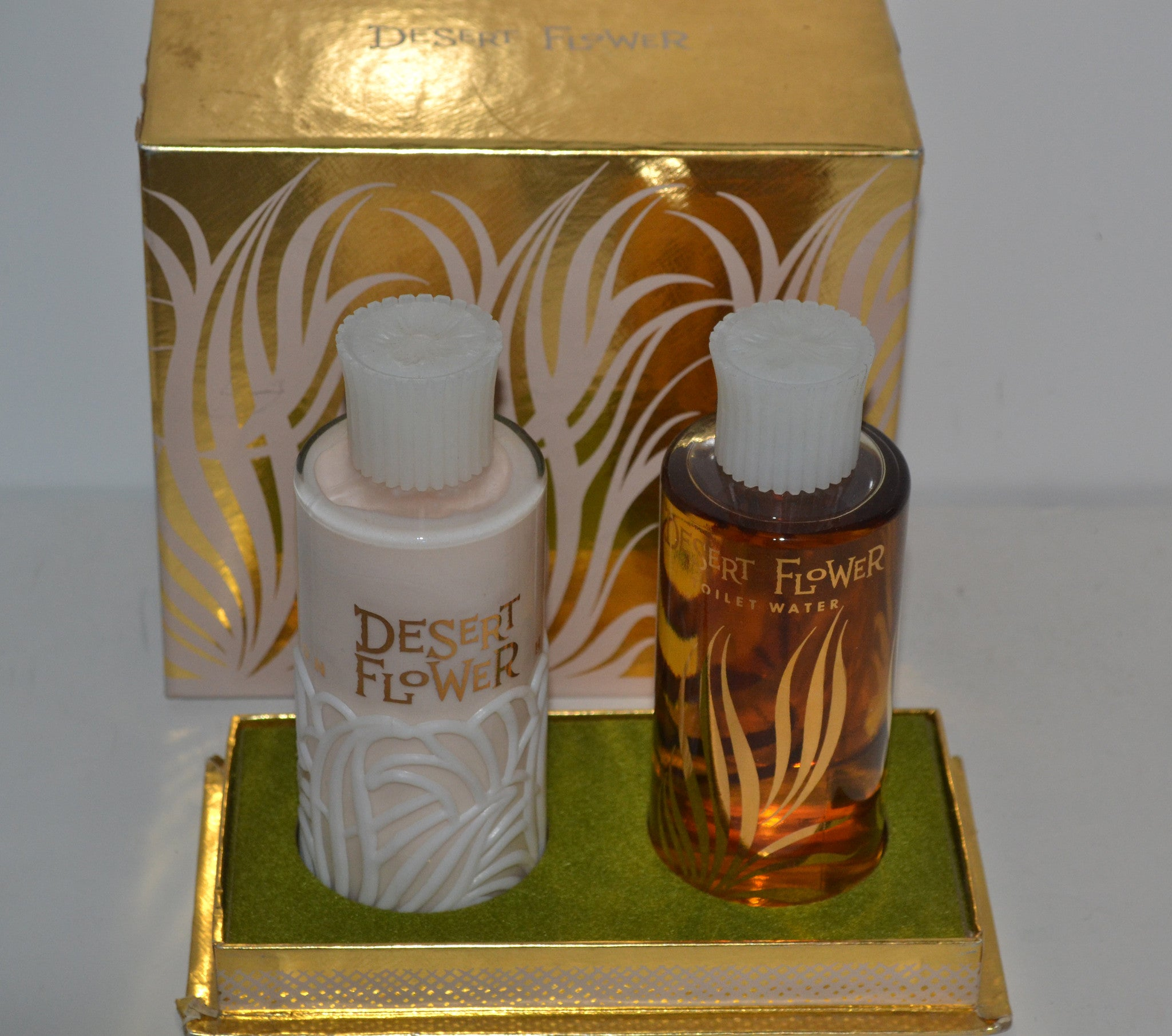 Shulton Desert Flower Coffret Set