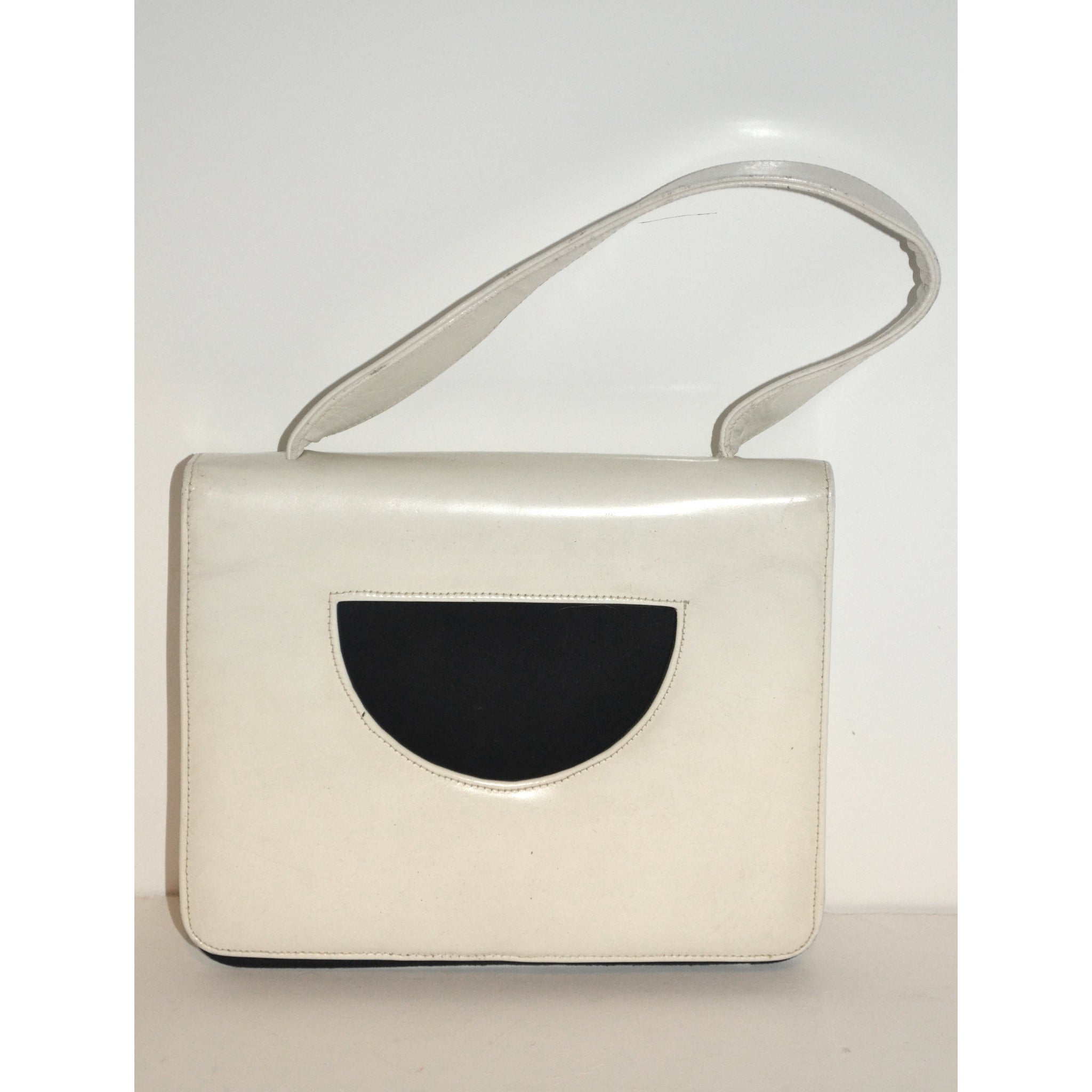 Vintage White & Black Leather Handbag By Nicholas Reich