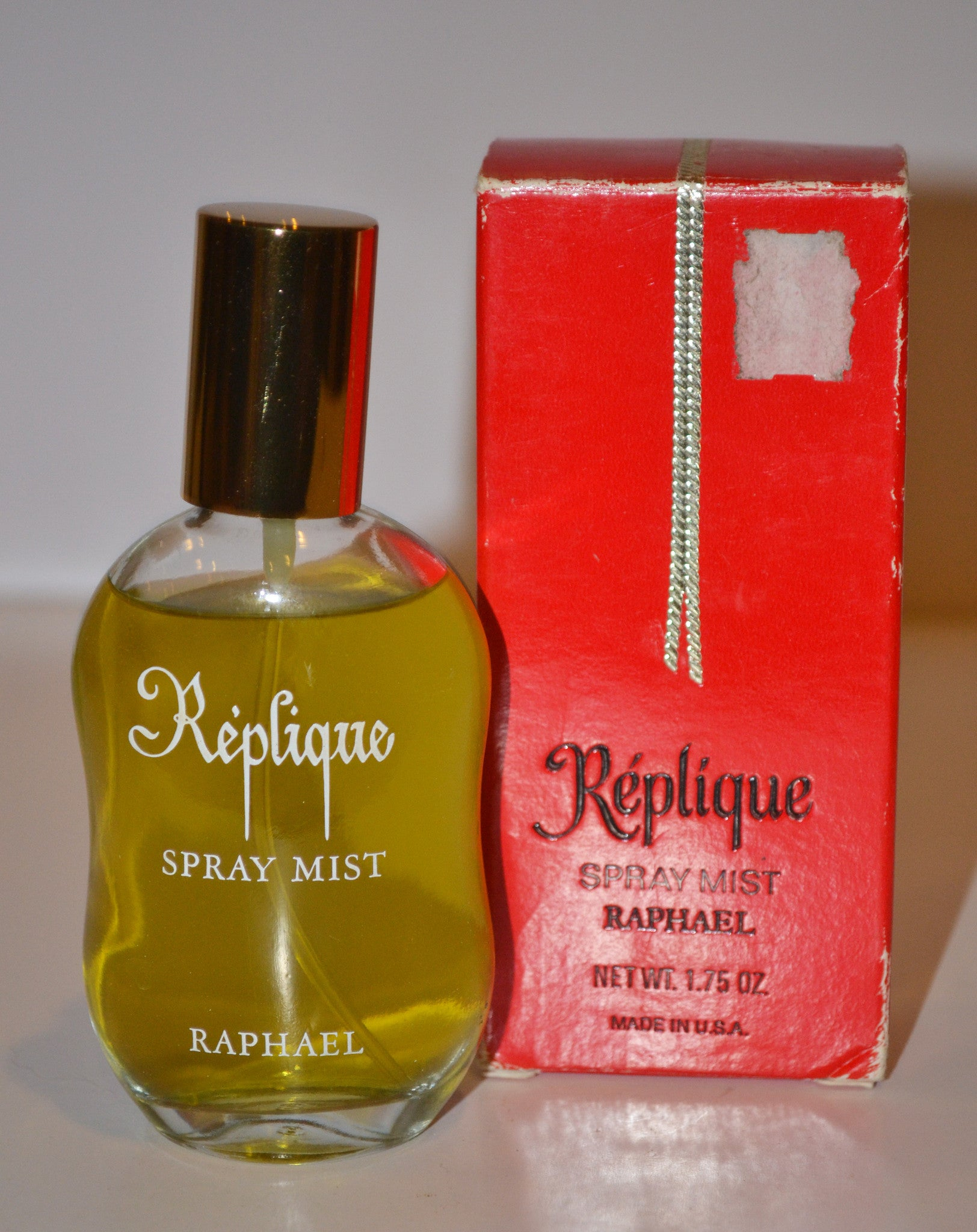 Vintage Replique Eau De Toilette By Raphael