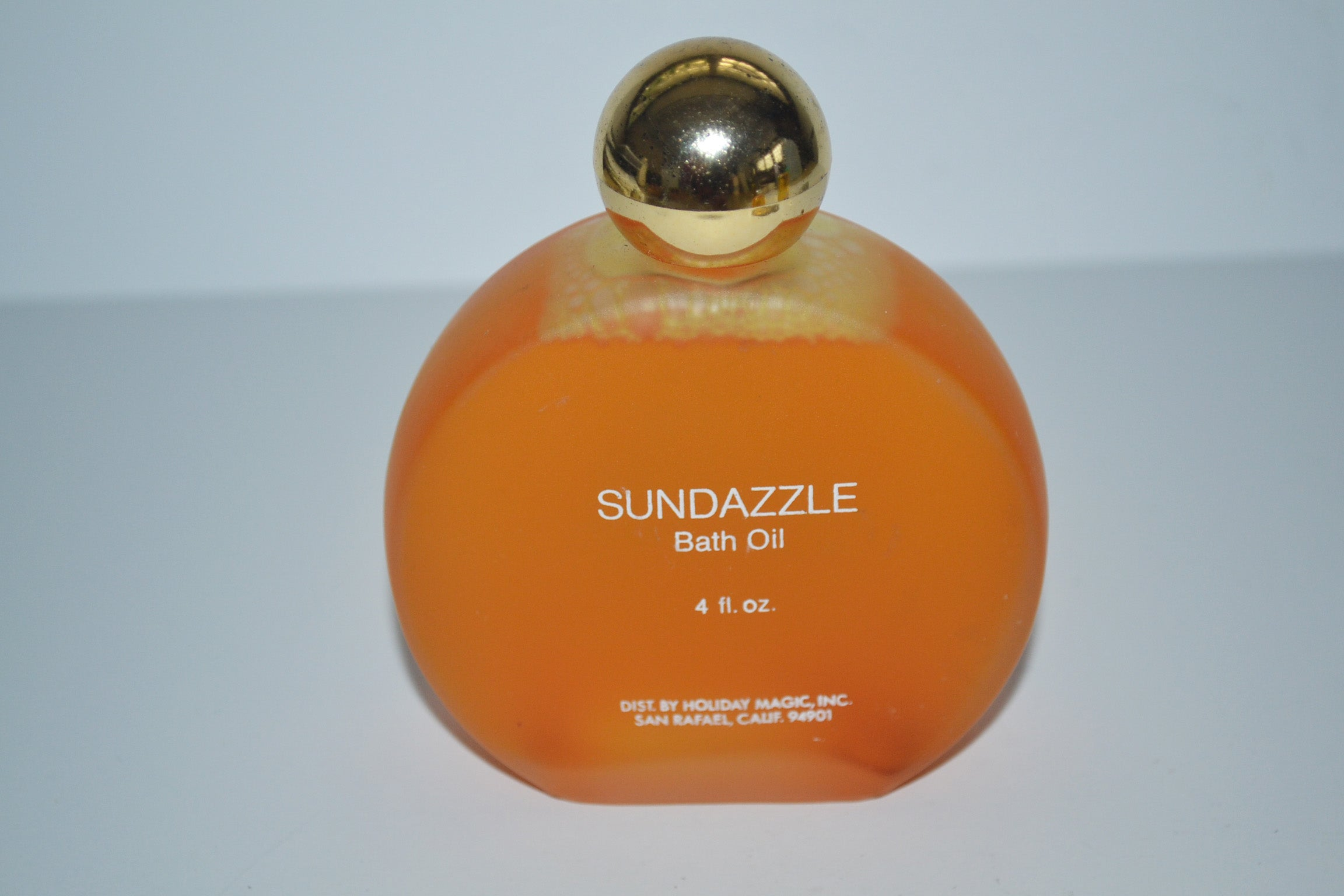 Vintage Sundazzle Bath Oil By Holiday Magic