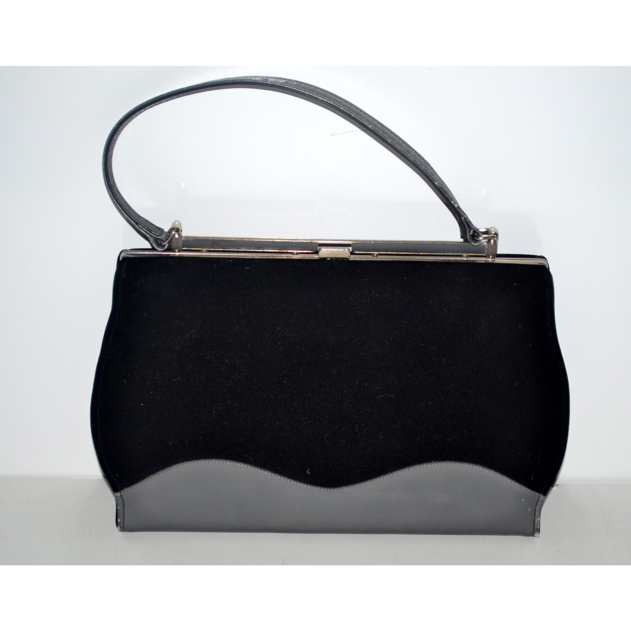 Vintage Black Fashion Purse By Town & Country