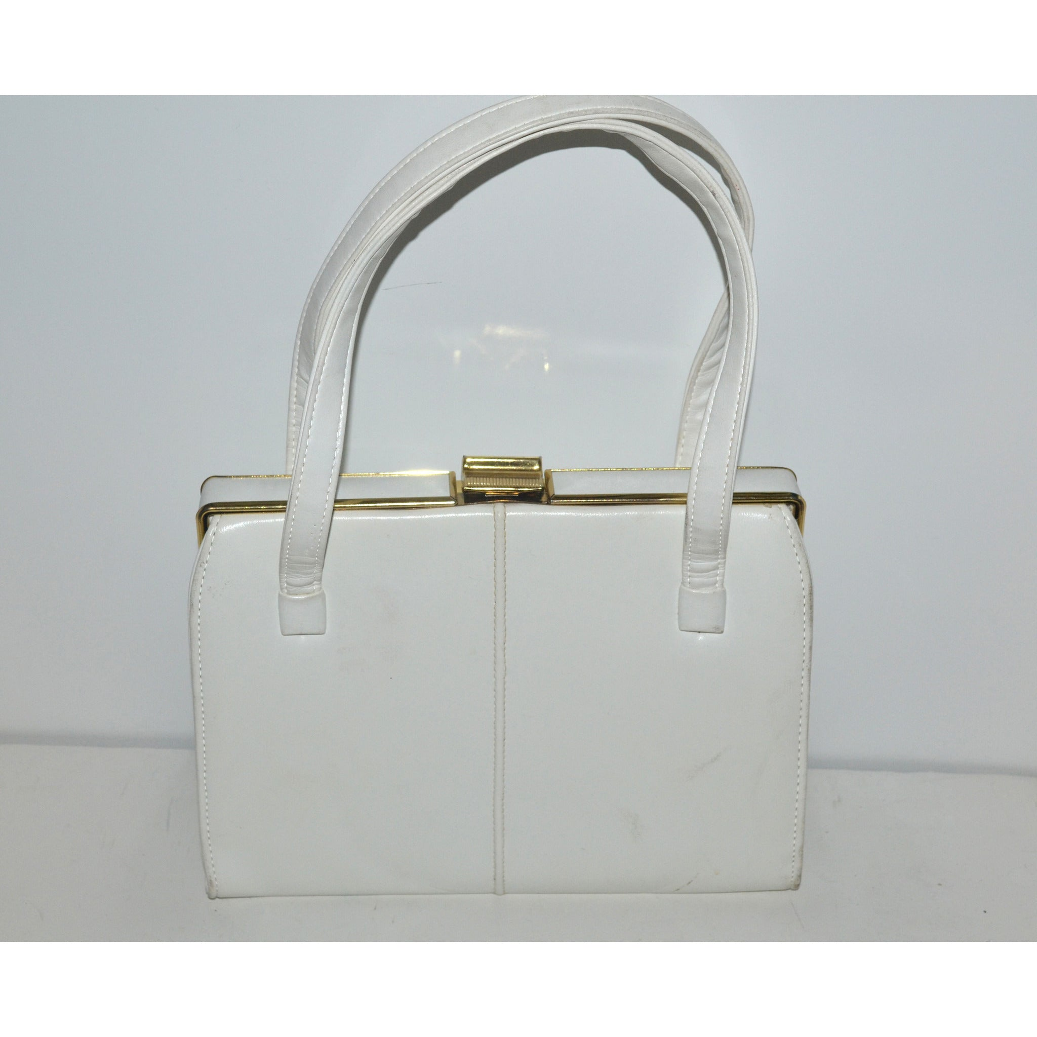Vintage White Simulated Leather Purse