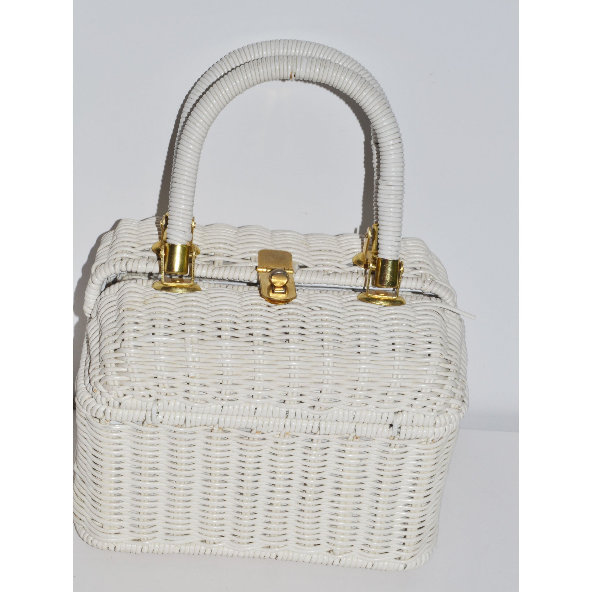 Vintage White Boxed Wicker Purse