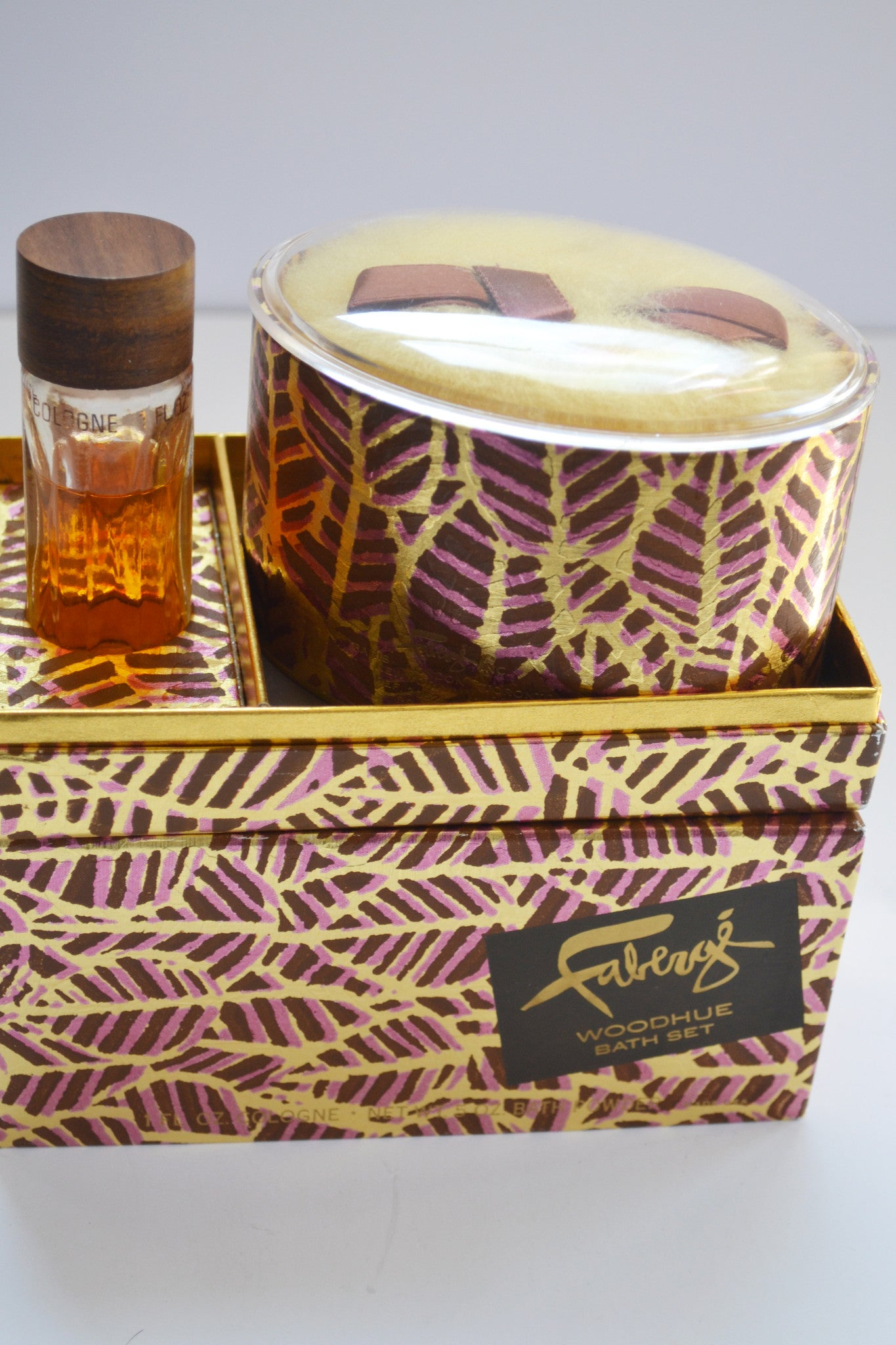 Faberge Woodhue Bath Set