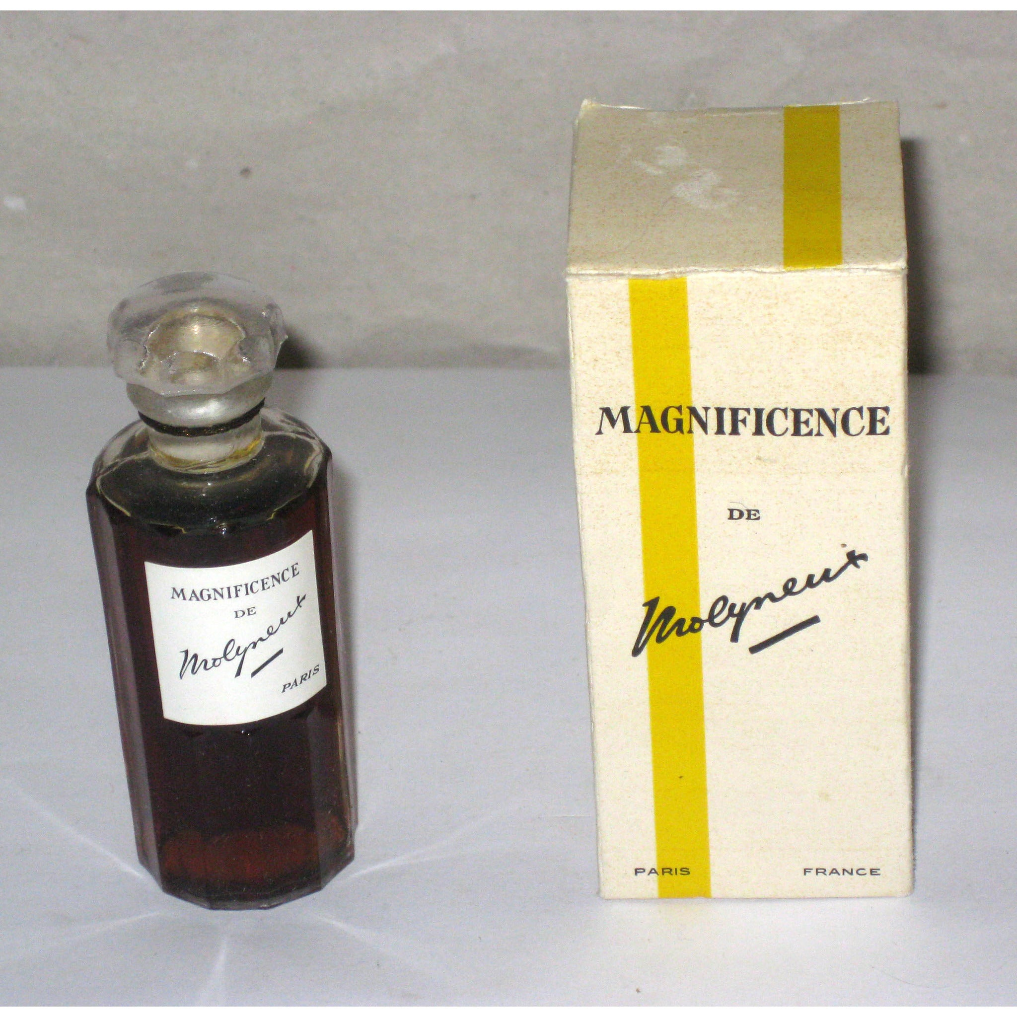 Molyneux Magnificence Perfume
