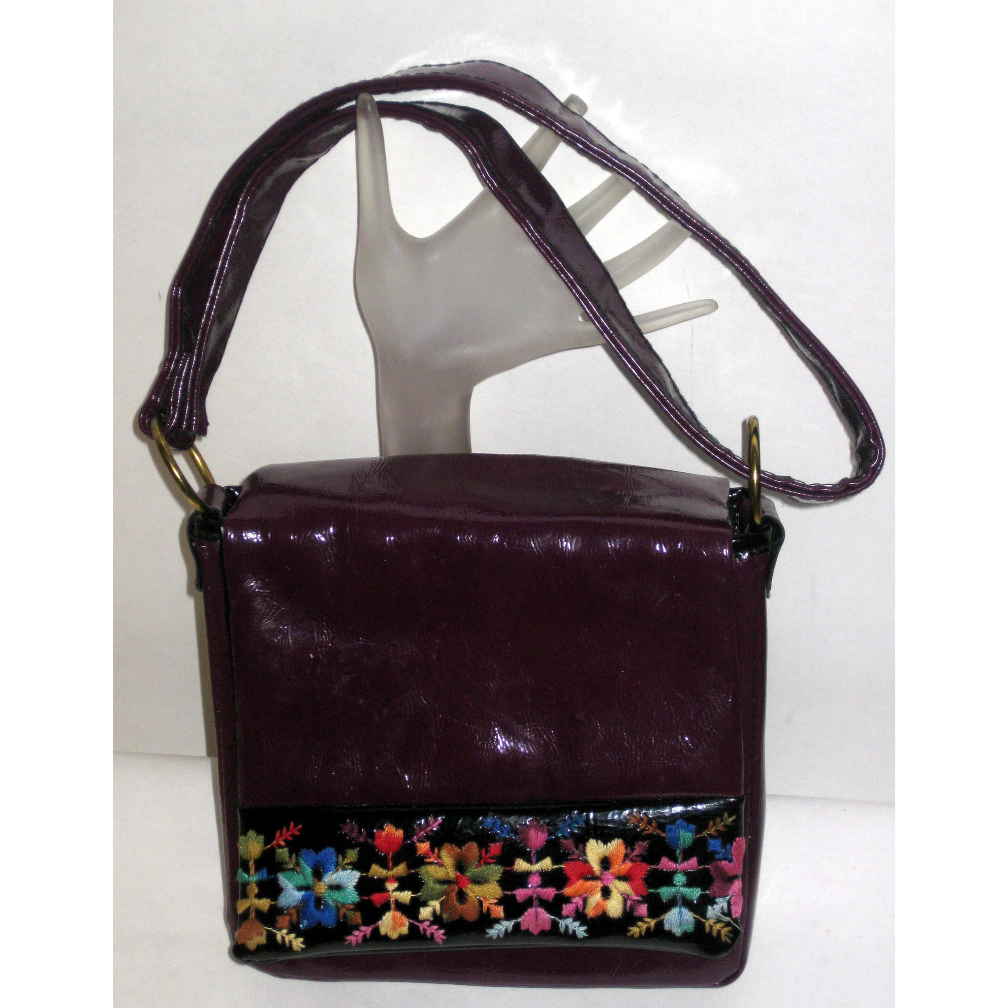 Vintage High Gloss Eggplant Vinyl Purse
