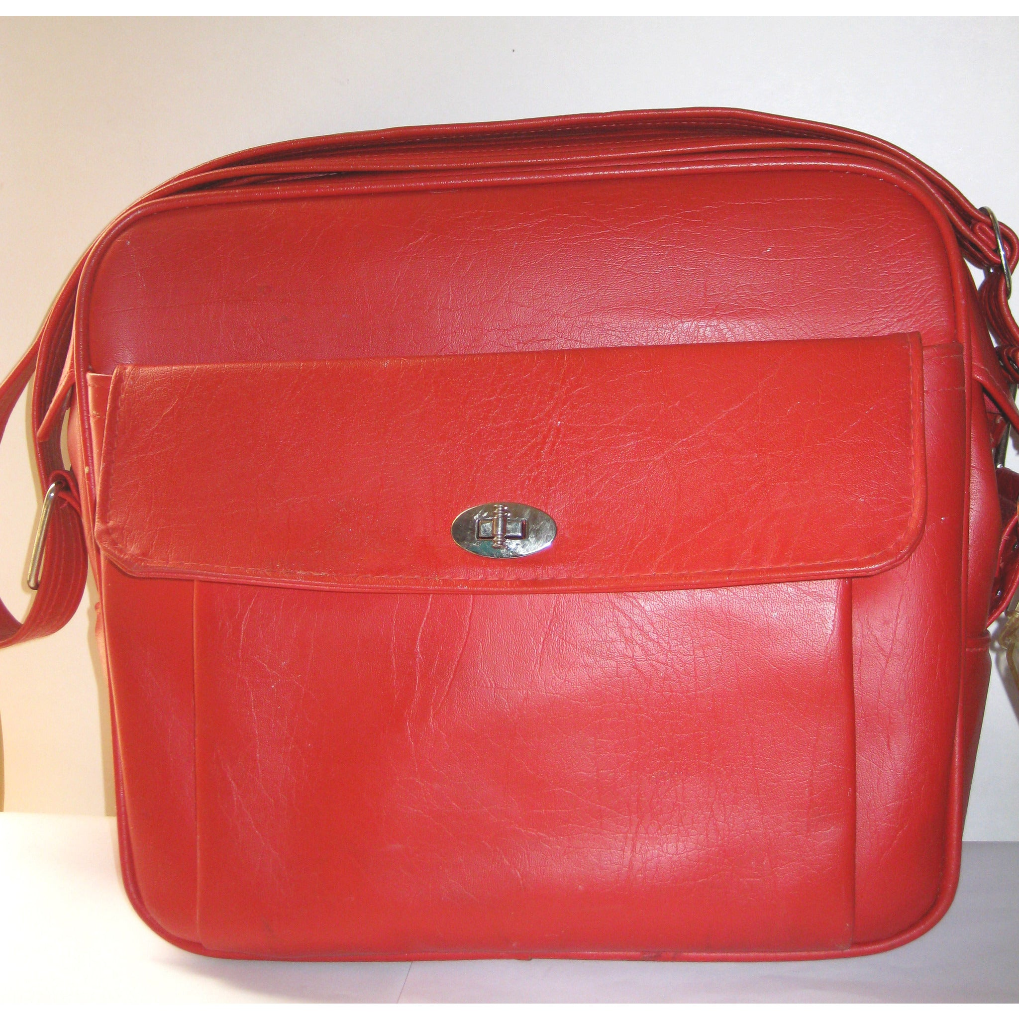 Vintage Red Courier Travelbag By Samsonite