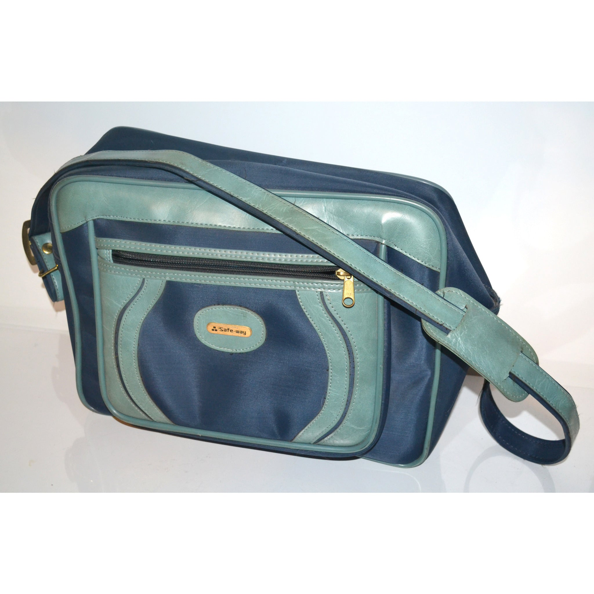 Vintage Blue Nylon Vinyl Travelbag By Safe-way