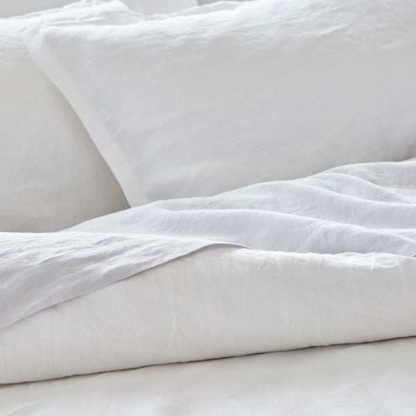 Baksana Baltic Linen Duvet Set, White