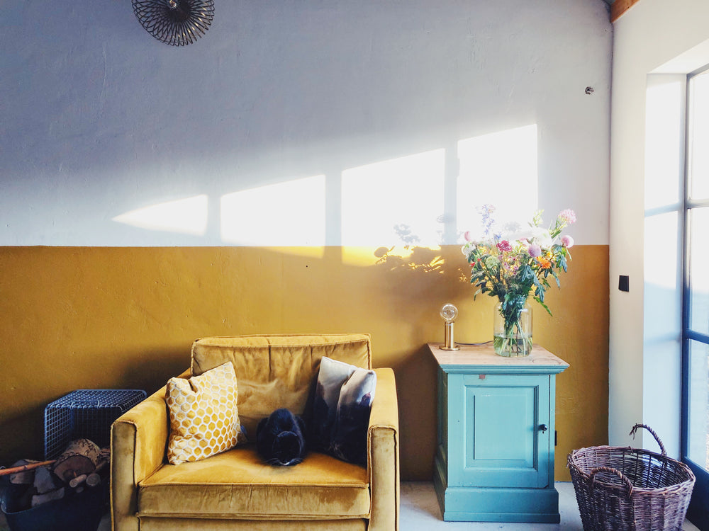 5 Stylish Ideas to Decorate with Mustard Yellow