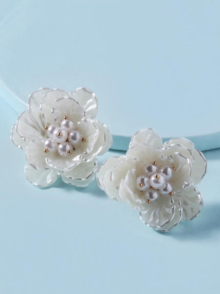 Aria Resin Flower Earrings