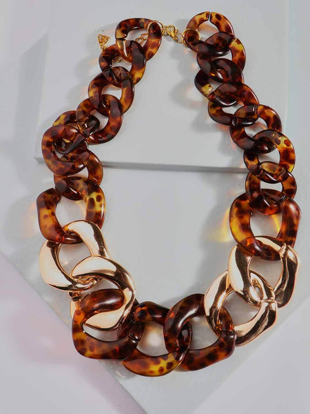Interlocking Hoop Resin Necklace