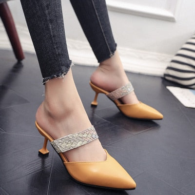 Candy colored slippers 2019 summer new pointed rivets with high heels flip flops slippers Female sandals Sandalias femenina s084