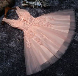 New Arrival Princess Lace Appliqued Tulle Homecoming Dress,Blush Pink Short Bridesmaid Dresses,Short Prom Dresses,220035