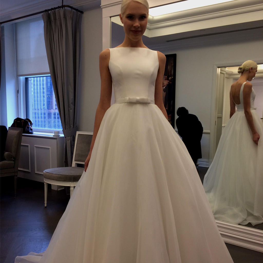 Tulle Backless Charming Wedding Dress, Sleeveless A-Line Wedding Dress, LB0672