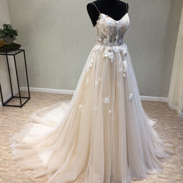 0ec77fab4ea Long Wedding Dress