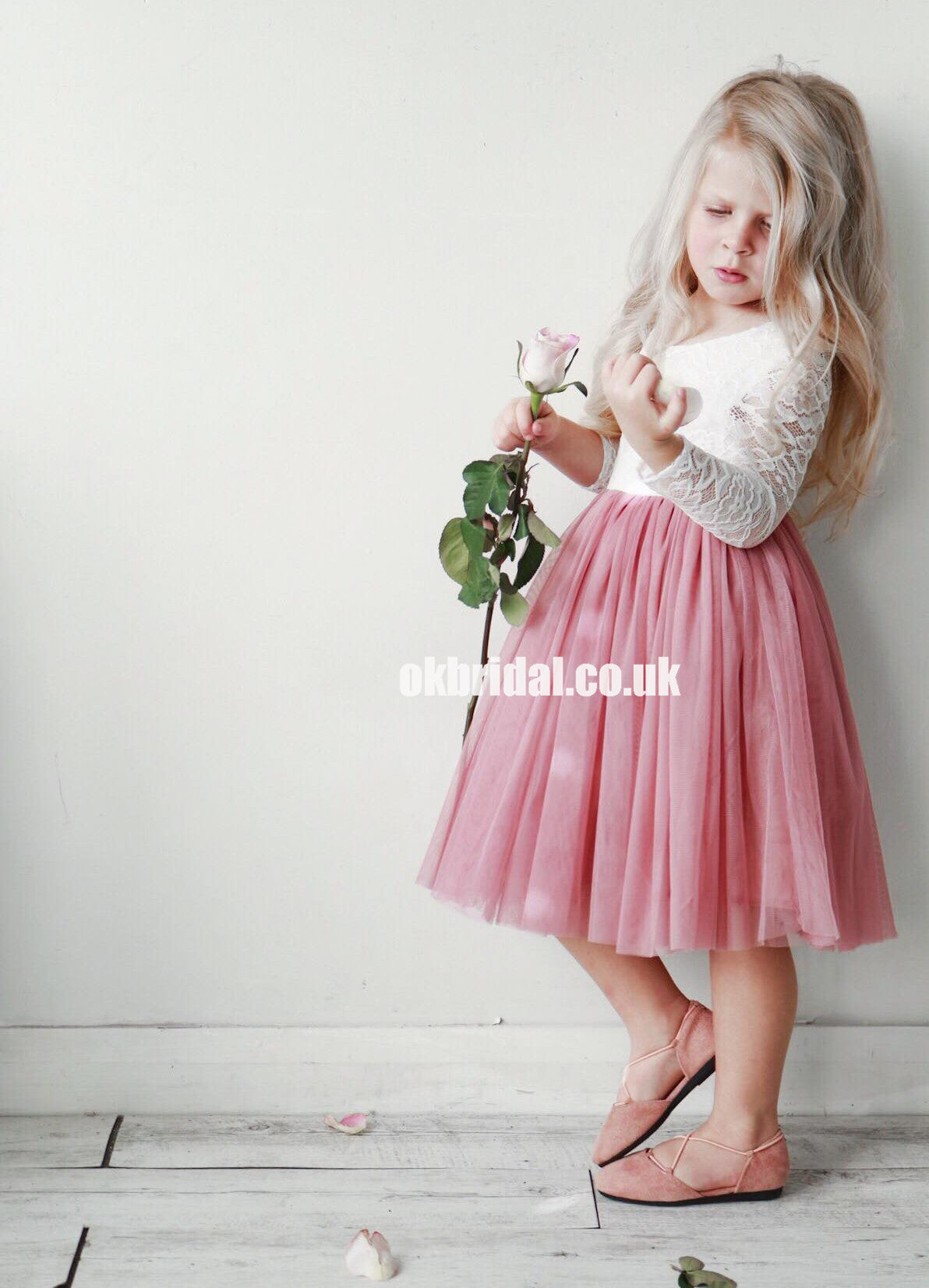 Long Sleeve Lace Flower Girl Dresses Dusty Pink Tulle Popular