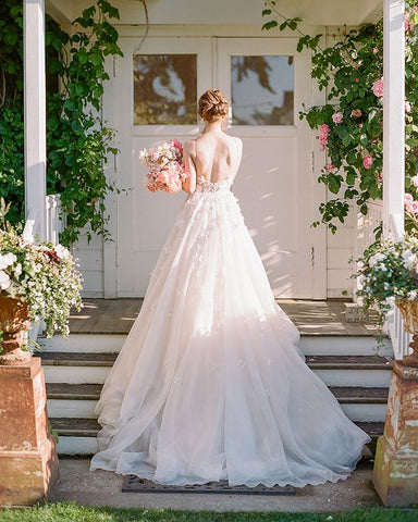 products/wedding_dress-1905c.jpg