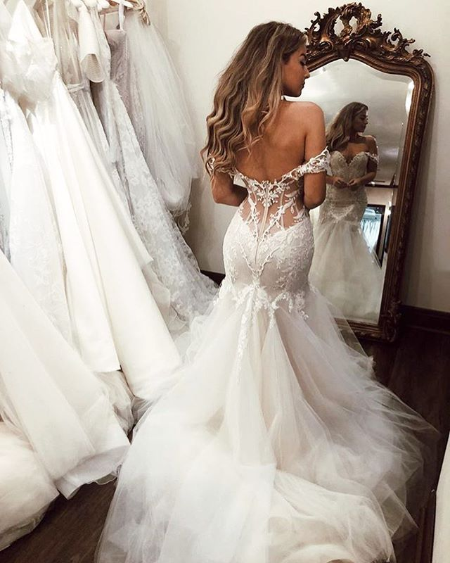 Vintage Lace Off Shoulder Mermaid Tulle Backless Wedding