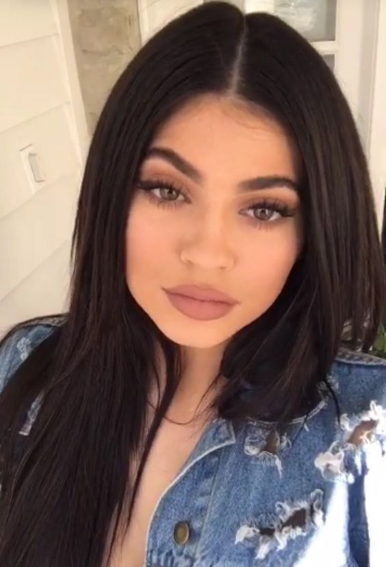 Kylie Jenner Inspired Custom 360 Lace Front Wig in Straight
