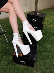 White Belted 19 cm High Heel Platform Booties - Tajna Club