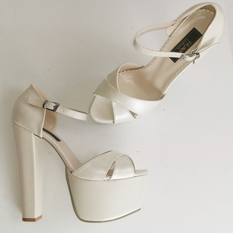 Cross Strap Wedding Platform Shoes - Tajna Club