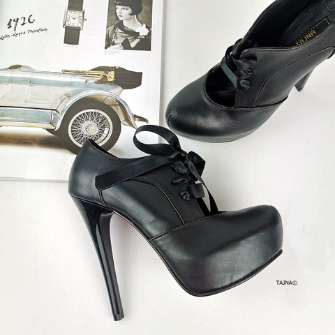 Black Vintage Style Lace Up Heels - Tajna Club