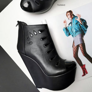 Black Drops Ankle Wedge Booties - Tajna Club