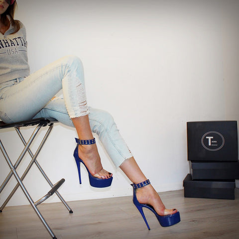 Transparent Strap Blue Patent Leather Platform - Tajna Club