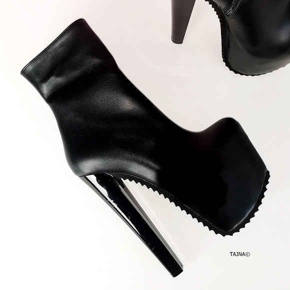 Matte Black Chunky Heel Ankle Boots - Tajna Club