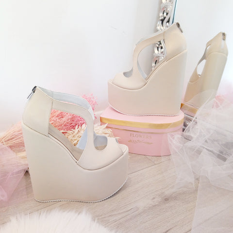 Cream Slit Design Bridal Platform Wedge Shoes - Tajna Club