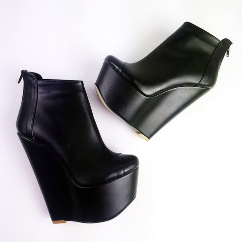 Black Matte Ankle Wedge Booties - Tajna Club