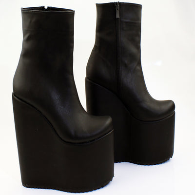 Black Wedge Platform Boots - Tajna Club