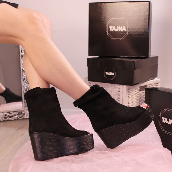Peep Toe Ankle Black Wedges - Tajna Club
