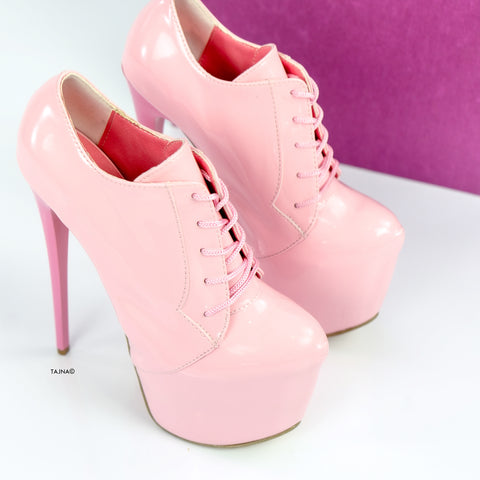 Oxford Light Pink Gloss Ankle Booties - Tajna Club