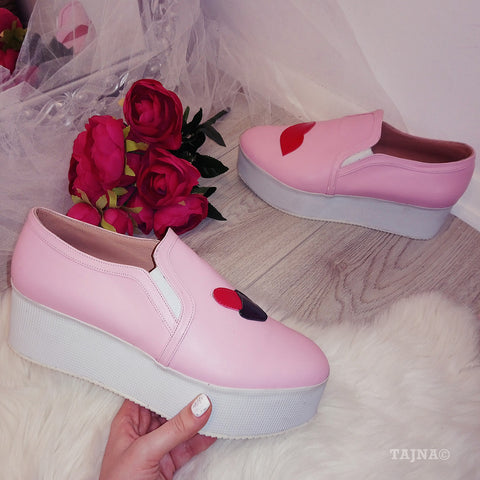 Pink Lip Wedge Sneakers - Tajna Club