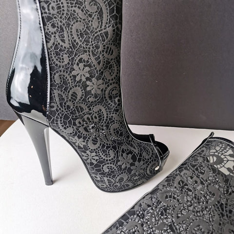 Black Lace Peep Toe Ankle Boots - Tajna Club
