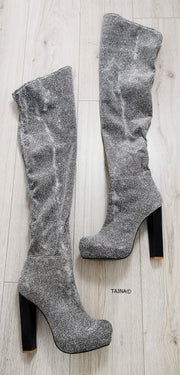 Silver Shiny Strech Knee High Boots - Tajna Club